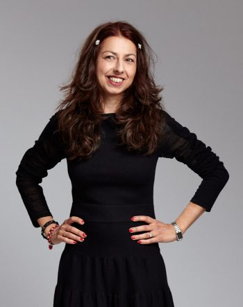 drs. Bina Ayar, journalist, tekstschrijver en eindredacteur